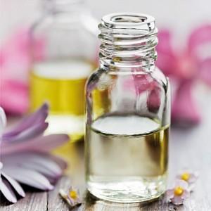 Les Huiles Essentielles dans ** Les huiles ** huile-essentielle-maigrir-300x300